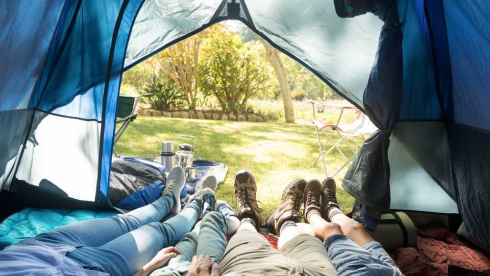 tente camping en famille