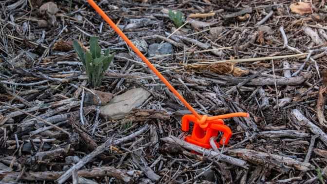 piquet de tente plastique sol dur