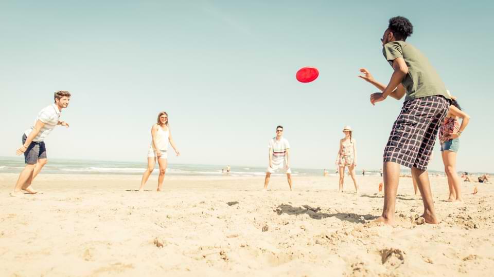 frisbee plage