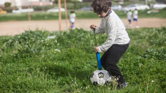 pompe à ballon sport foot